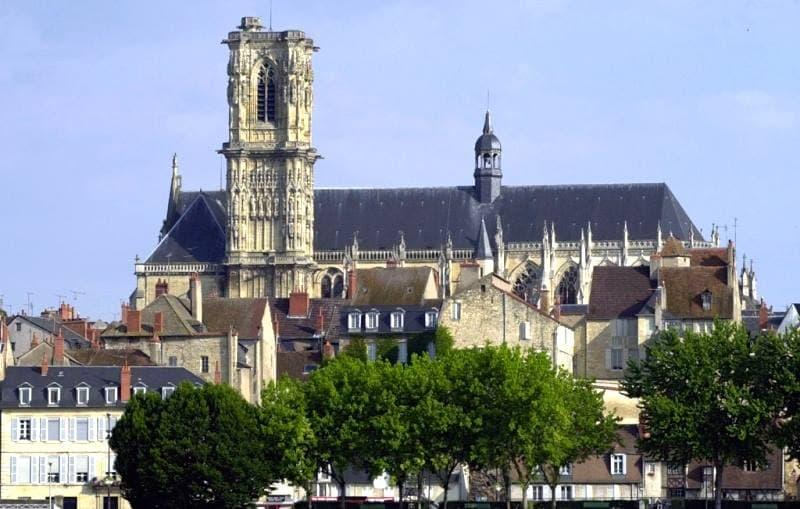 photo de Cathédrale Saint Cyr et Sainte Julitte (Cathédrale Saint Cyr et Sainte Julitte)