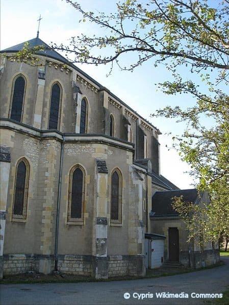 photo de Eglise Notre Dame de Lourdes (Eglise Notre Dame de Lourdes)