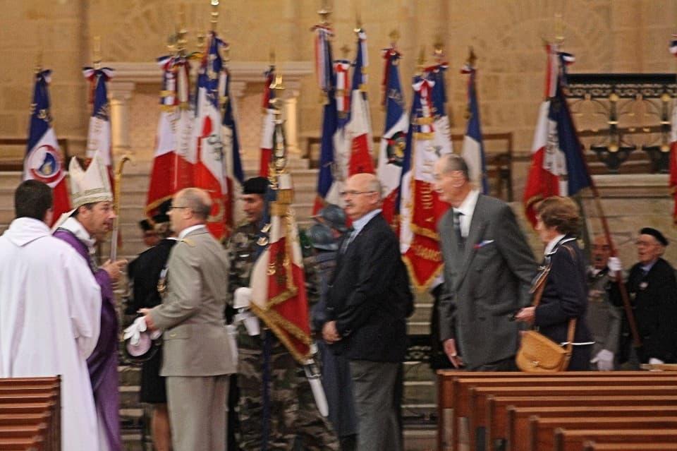 Messe 100 drapeaux 15