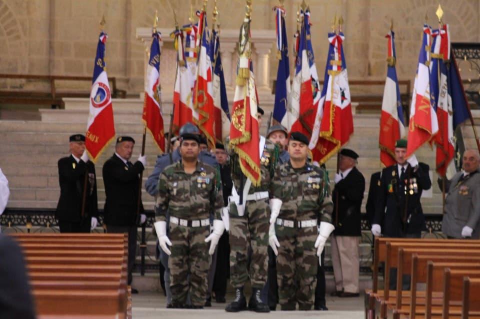 Messe 100 drapeaux 20