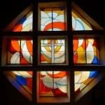 Vitrail porche église St Lazare
