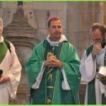 31 bis  Cérémonie d'installation du Père François-Xavier Reveneau, présidée par notre évêque, à l'église Saint-Seine à Corbigny, dimanche 21 septembre 2014,  DSC_0670