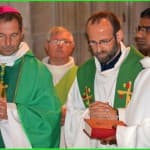 34 bis, Cérémonie d'installation du Père François-Xavier Reveneau, présidée par notre évêque, à l'église Saint-Seine à Corbigny, dimanche 21 septembre 2014,  DSC_0673