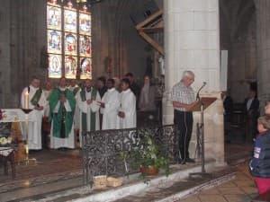 Les EAP des 4 paroisses étaient dans le choeur