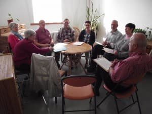 Travail en petit groupe: entre diocèses différents