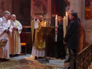 bénédiction solennelle par François-Xavier à la fin de la vigile pascale