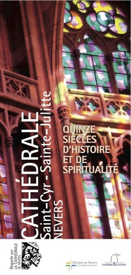 tract-regard-sur-la-cathedrale