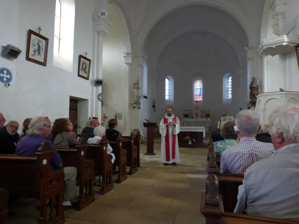accueil_église_Vauclaix