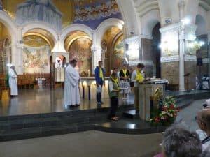 Pendant la messe d'ouverture du pèlerinage, à la basilique Notre-Dame du Rosaire