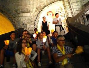 Pendant la procession aux lumières