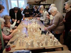 Atelier crèches à Donzy