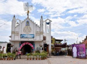 2, DSC_0027 bis - Première messe pour Arockiadoss, ordonné prêtre, célébrée dans son village, lundi 10 juillet 2017