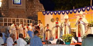 DSC_0621 bis - Cérémonie des deux ordinations, James Charles et Arockiadoss - Dindigul - dimanche 9 juillet 2017