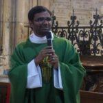 Première messe célébrée par le père Arockiadoss Velanganni dans l'ensemble pastoral Brinon – Corbigny – Lormes – Tannay